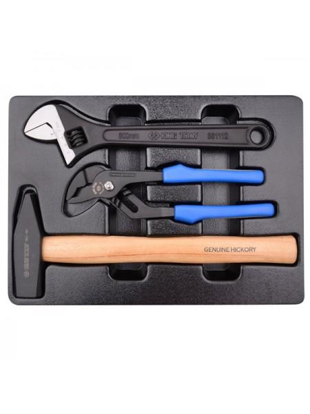 Набор клещи, ключ , молоток, ложемент KING TONY 9-90103PP02