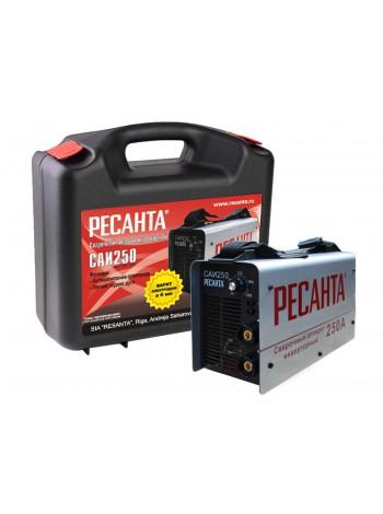 Сварочный инвертор РЕСАНТА САИ-250 в кейсе